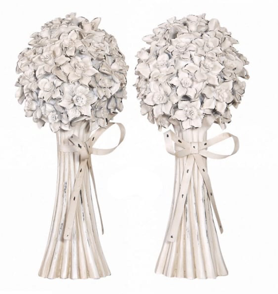 PAIR OF PAINTED METAL FLOWER BUNCHES